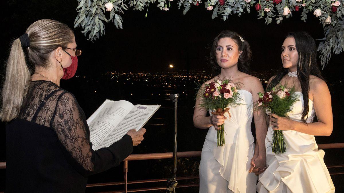 Costa Rica es el primer país de Centroamérica en legalizar el matrimonio igualitario