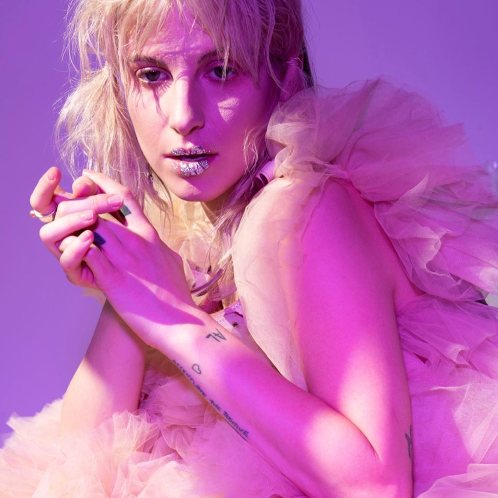 9 lanzamientos recientes que debes escuchar: Hayley Williams + Weyes Blood + Sevdaliza y más