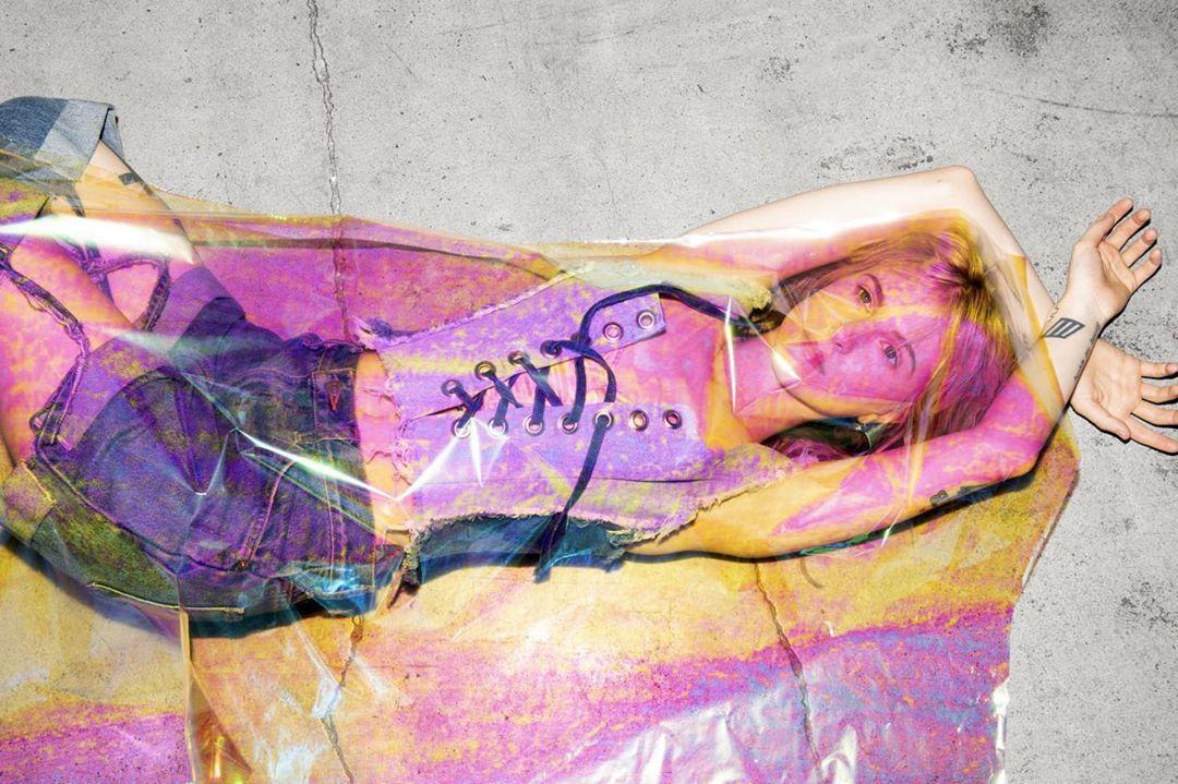 10 lanzamientos recientes que debes escuchar: Hayley Williams + St. Vincent + Ariana Grande y más
