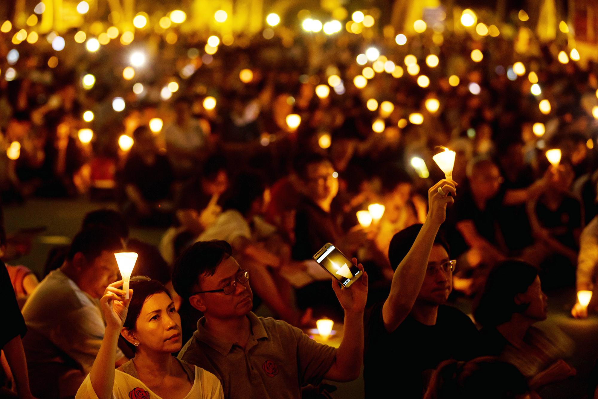 Hong Kong: Por primera vez en 30 años se prohíbe la vigilia que recuerda la represión en la Plaza de Tiananmen