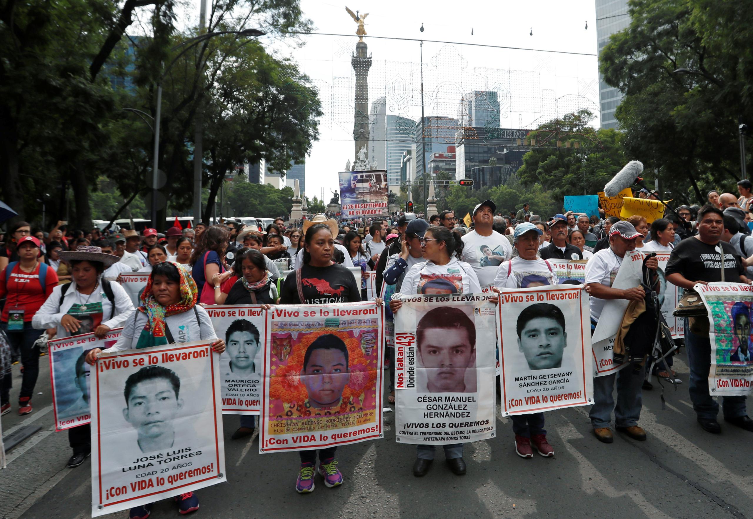 México: Identifican los restos de Christian Rodríguez, uno de los 43 estudiantes asesinados en Ayotzinapa