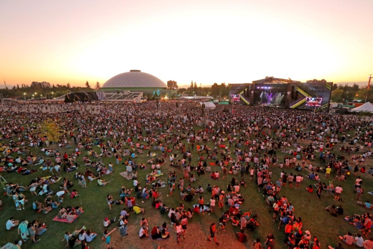 El cofundador de Lollapalooza predice que no habrá festivales ni música en vivo hasta el 2022
