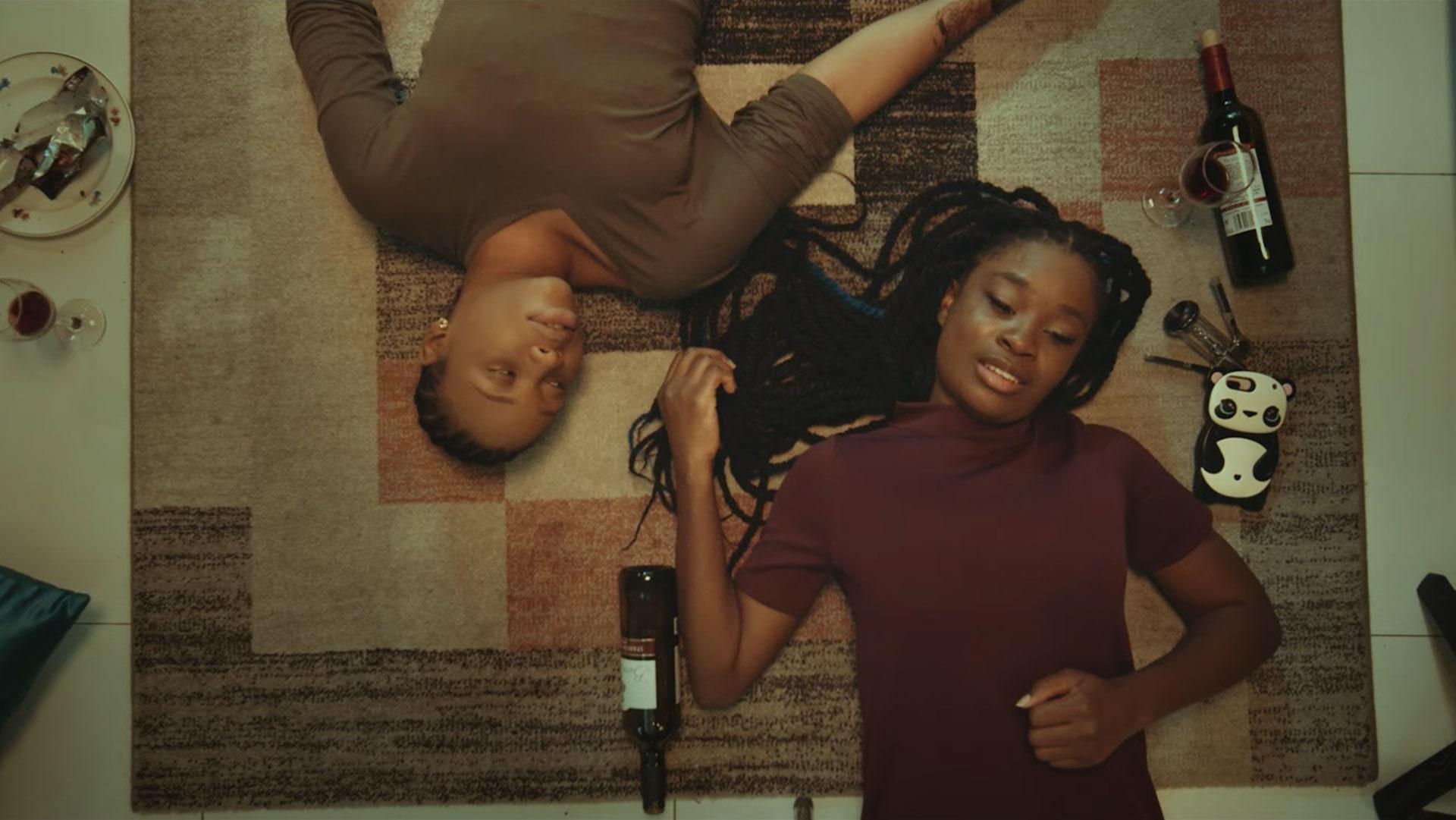 """5 razones por las que debes ver """"Ìfé"""", la primera película lésbica de Nigeria"""