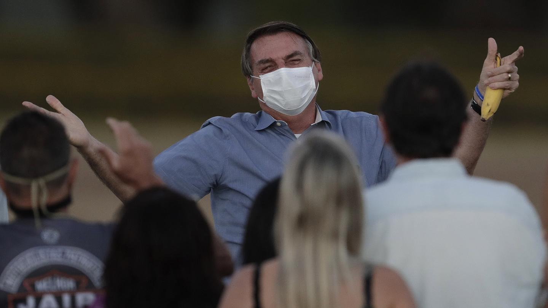 Coronavirus: Bolsonaro no obligará a vacunarse contra el COVID-19 en Brasil; Art Basel Miami suspendido por este año
