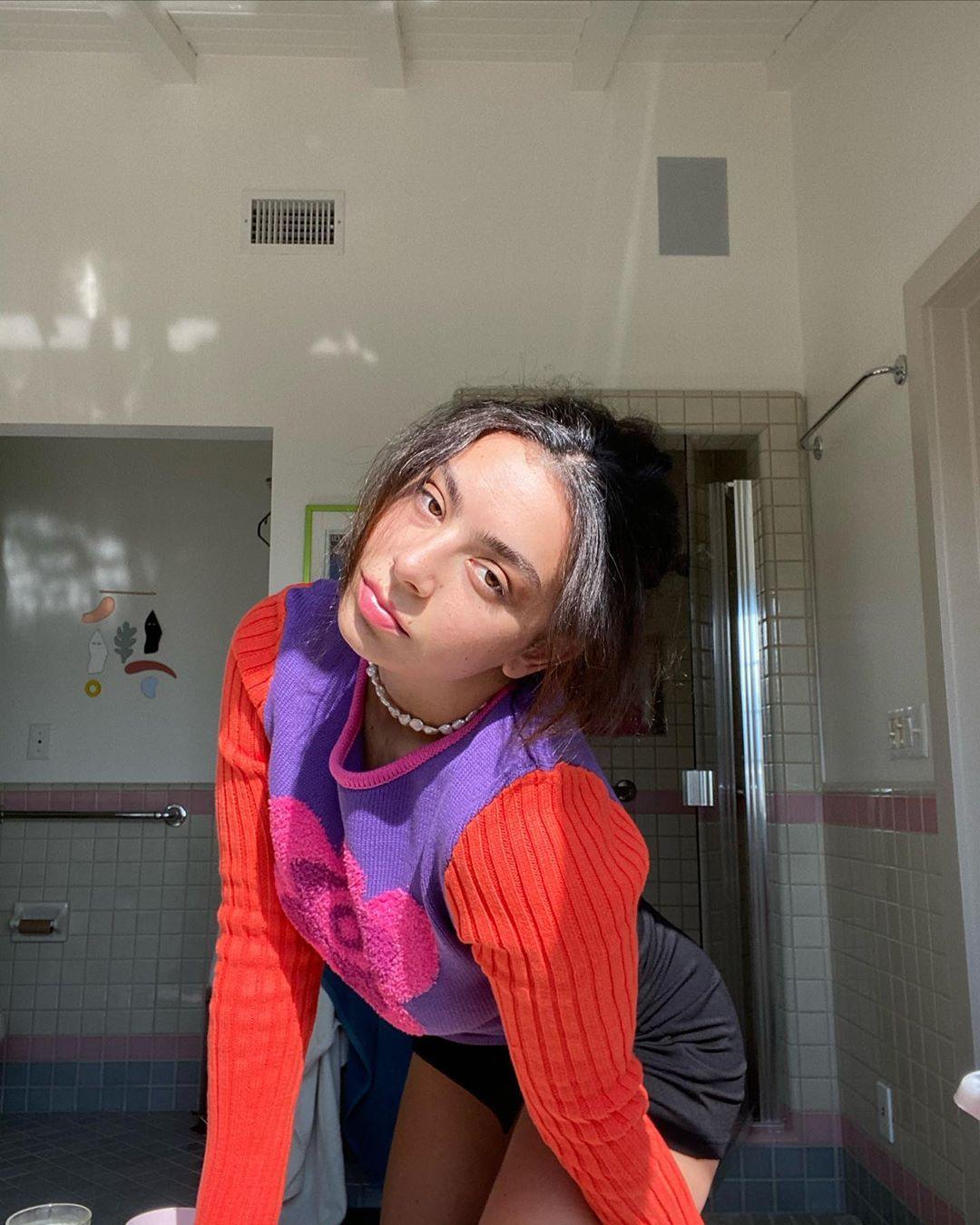8 lanzamientos recientes que debes escuchar: Charli XCX + Dorian Electra + 100 gecs y más