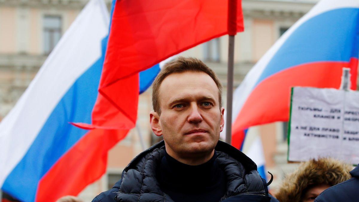 El opositor de Putin, Alexei Navalny, ya está fuera de coma tras su envenenamiento
