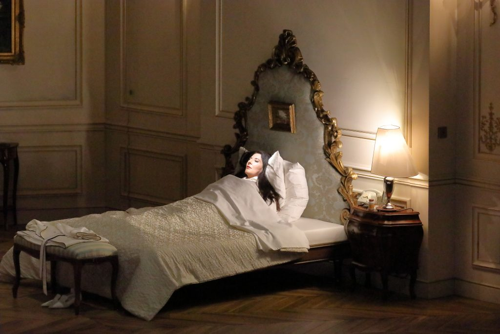 """""""7 Deaths of Maria Callas"""", el nuevo espectáculo de Marina Abramović con performance, ópera y videoarte"""