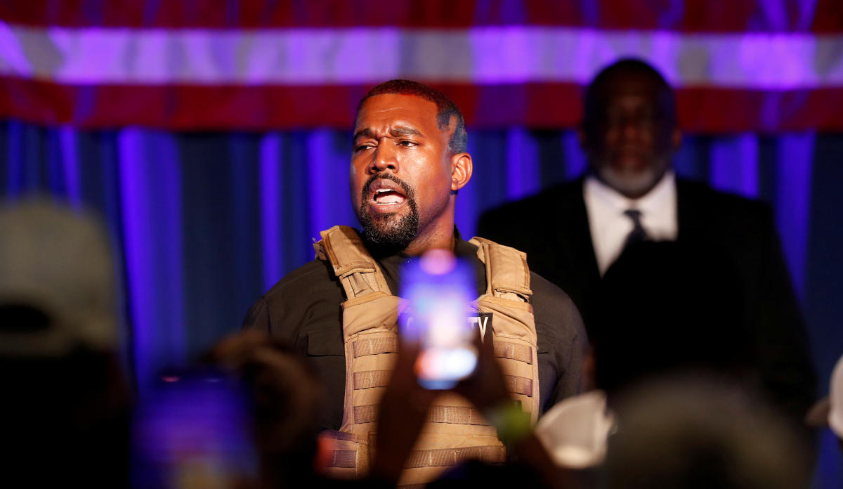 Kanye West dice que no lanzará más música hasta que no se libere de su contrato con Sony y Universal