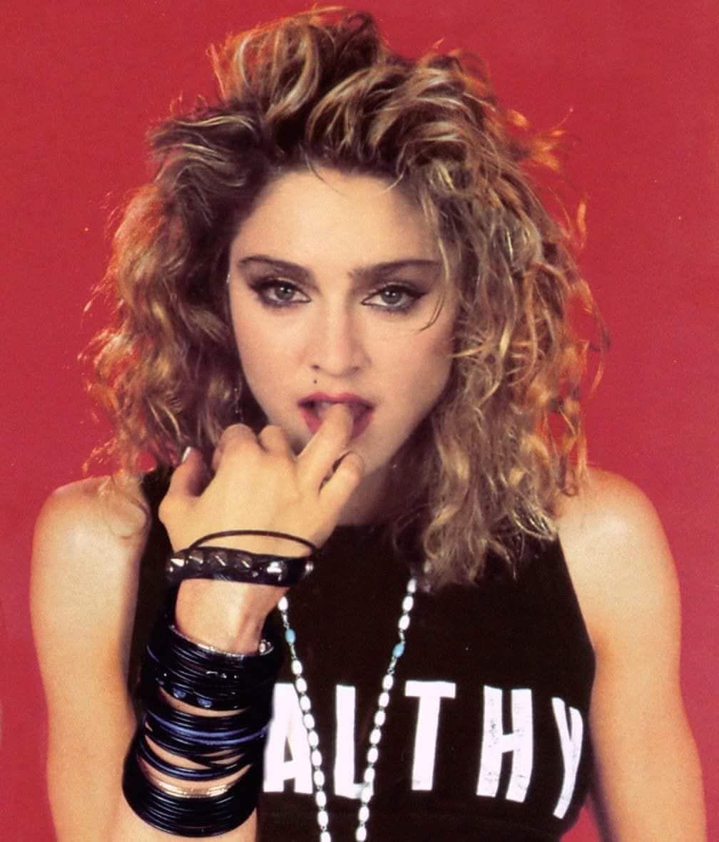 La próxima biopic de Madonna será dirigida por Madonna, coescrita por Madonna y posiblemente tendrá un soundtrack de Madonna