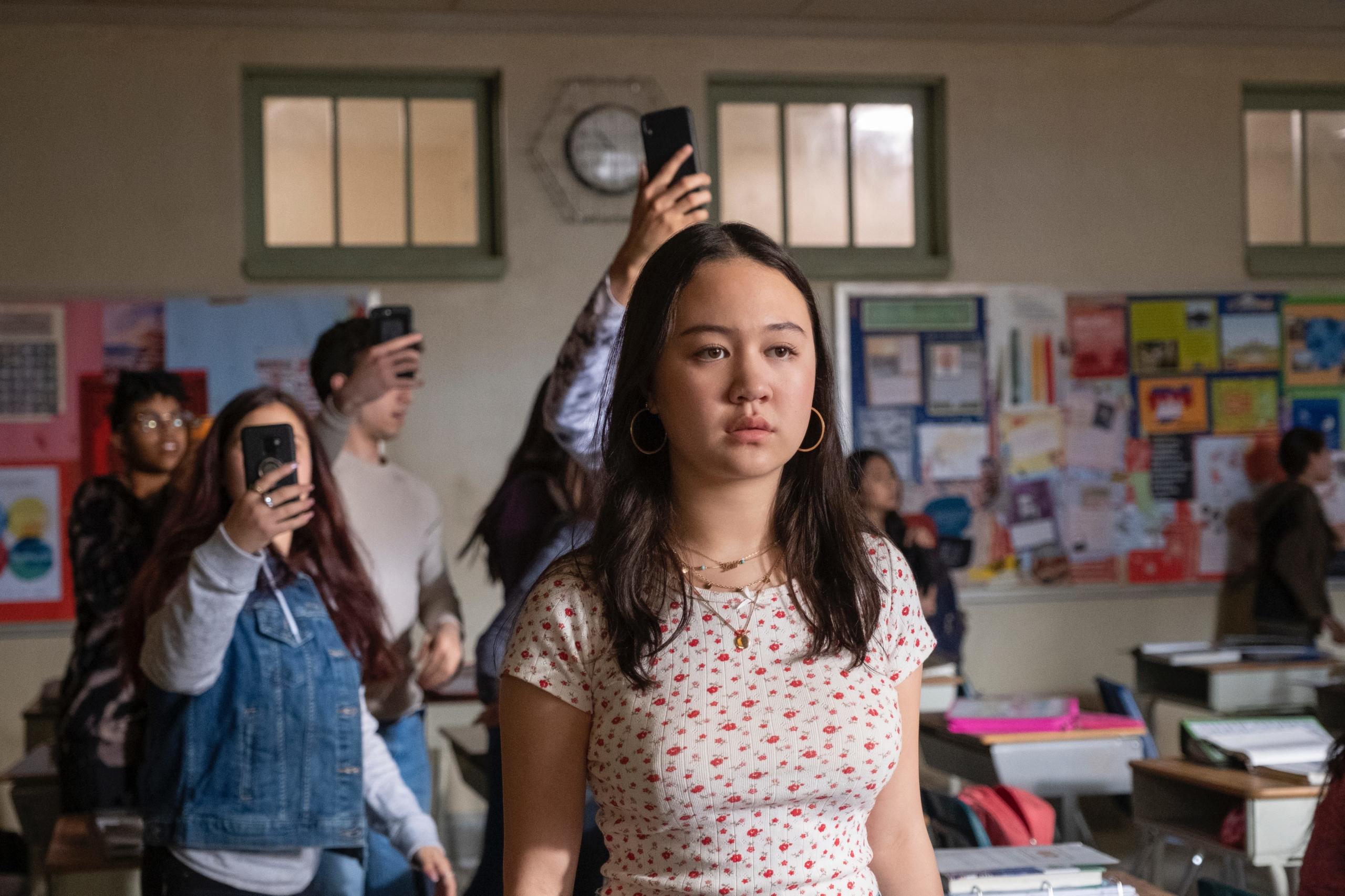 """5 razones por las que debes ver """"Grand Army"""", el drama de Netflix que retrata los sinsabores de la adolescencia"""