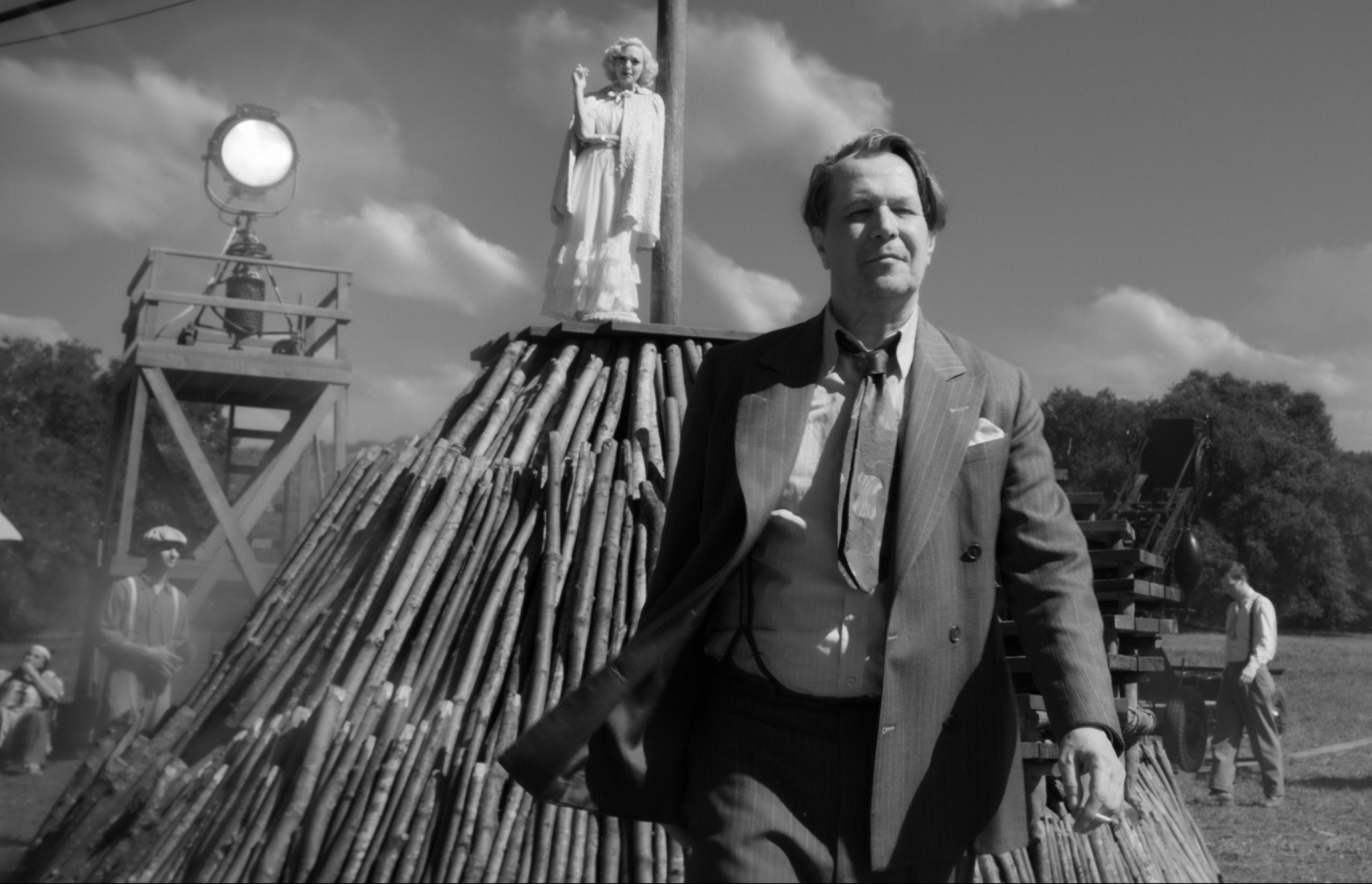 """""""Mank"""": David Fincher vuelve con el dramático biopic del escritor de """"Citizen Kane"""""""