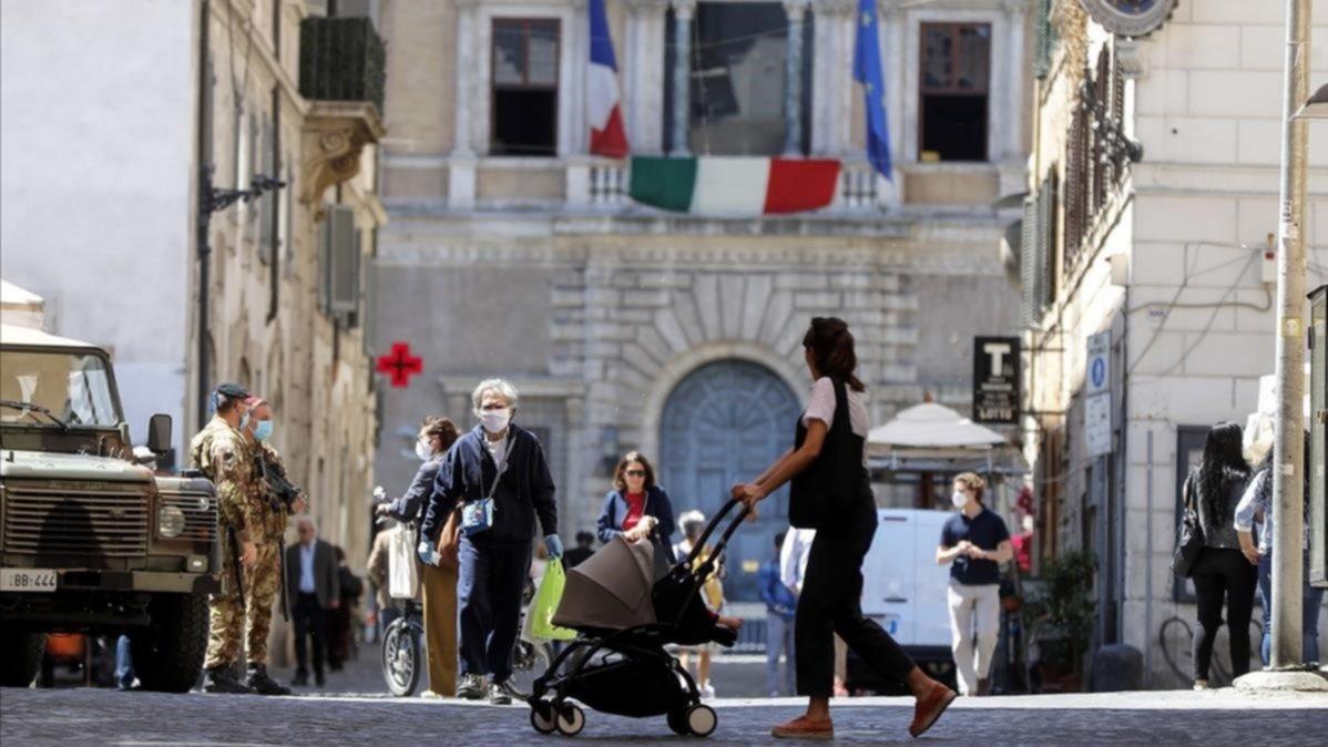 Coronavirus: Italia rompe su récord de nuevos casos; Chile comenzará a recibir extranjeros en las próximas semanas