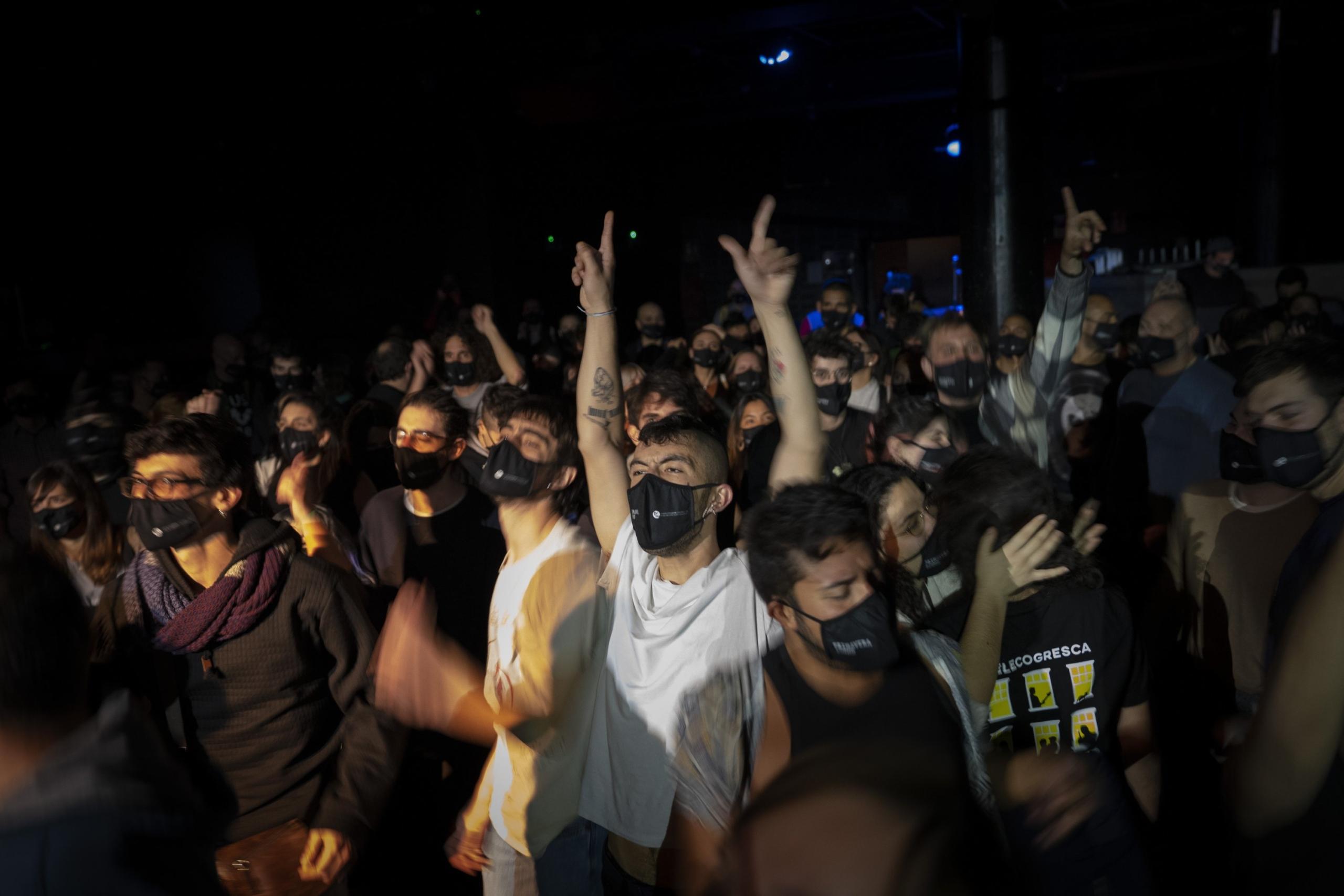 Sin contagios de COVID-19: El concierto de prueba de Primavera Sound para 500 personas fue un éxito