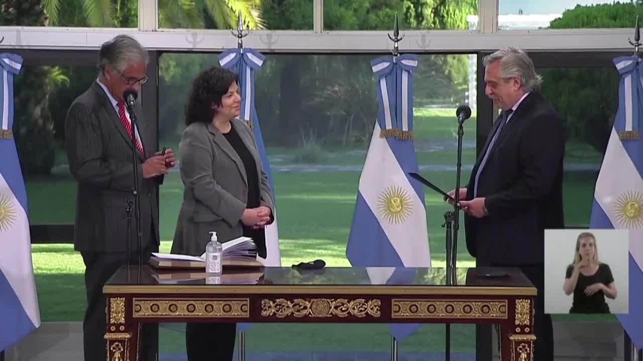 """Coronavirus: Argentina publica la lista de los """"Vacunados VIP""""; EE.UU. alcanza las 500.00 muertes por COVID-19"""