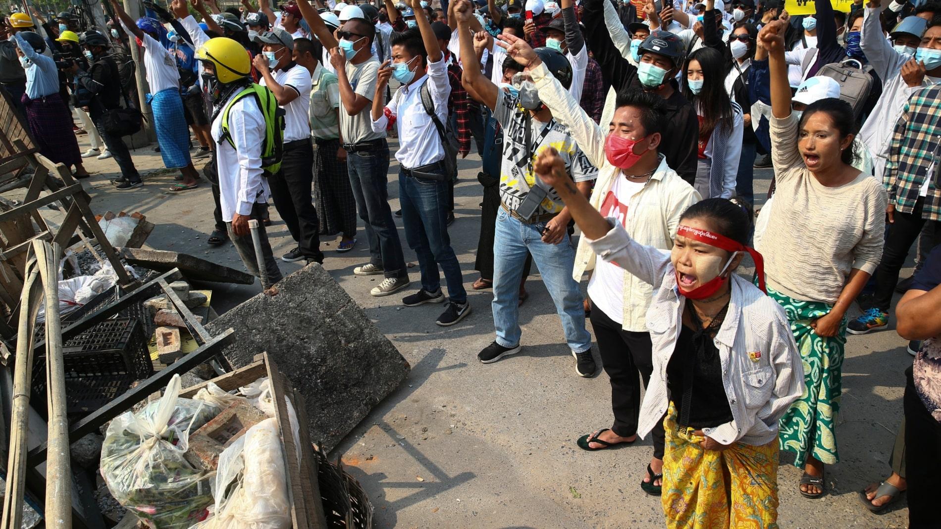 Myanmar: Se reportan al menos 18 muertos por las fuerzas de seguridad en medio de protestas en contra del golpe de estado