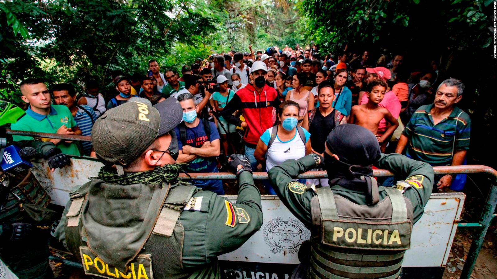 Más muertos y desplazados dejan nuevos enfrentamientros en la frontera entre Venezuela y Colombia