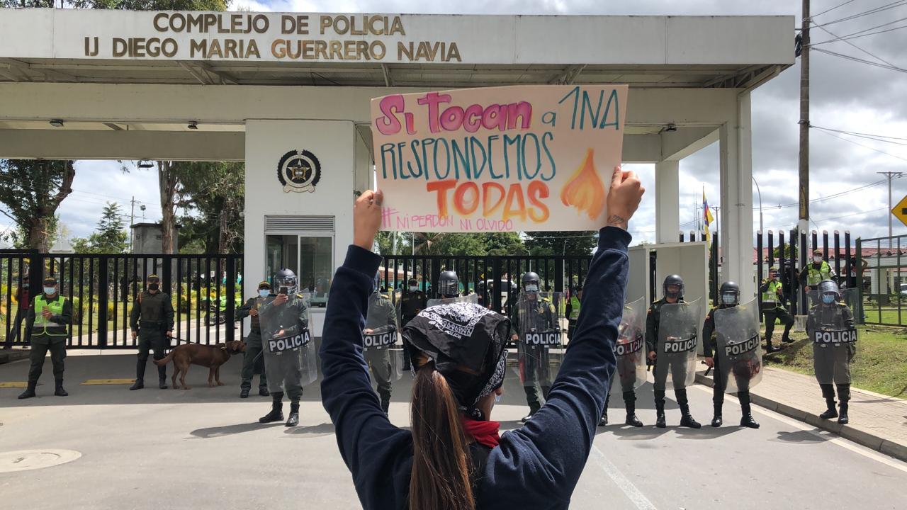 Colombia: Investigan suicidio de menor de edad tras supuesto abuso sexual por parte de la policía
