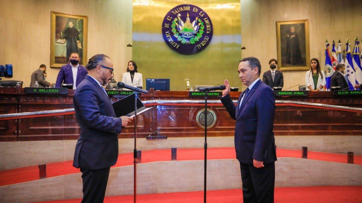 Preocupación en la región ante destituciones del Constitucional en El Salvador por parte de Nayib Bukele