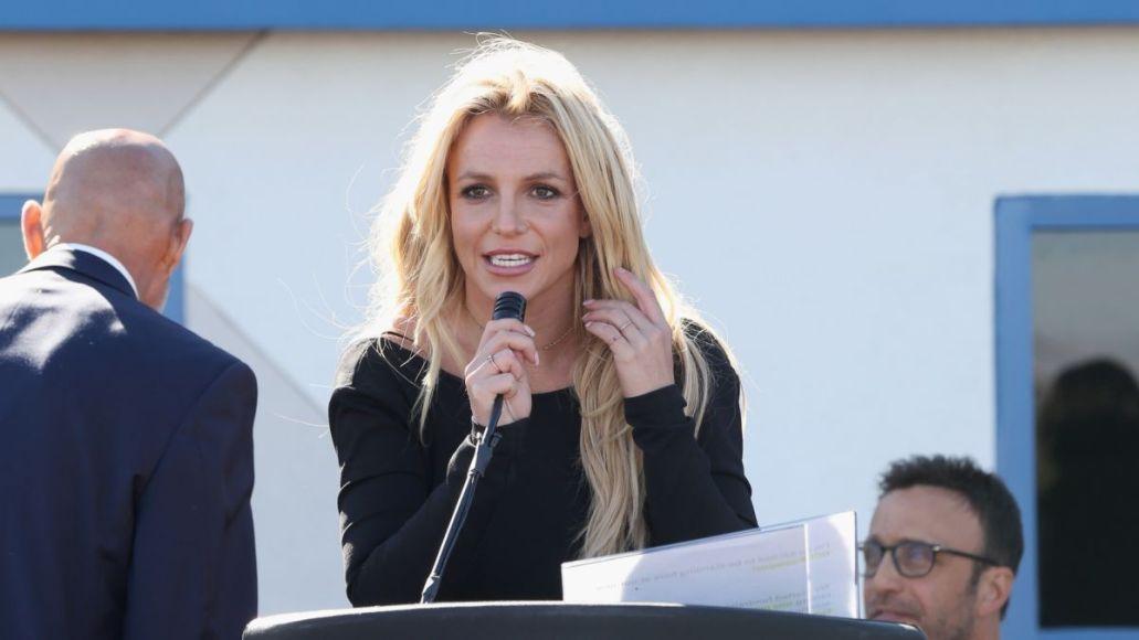 """Britney Spears declara públicamente sobre su batalla legal: """"Mi padre y cualquiera que esté involucrado en esta tutela deberían estar en la cárcel"""""""