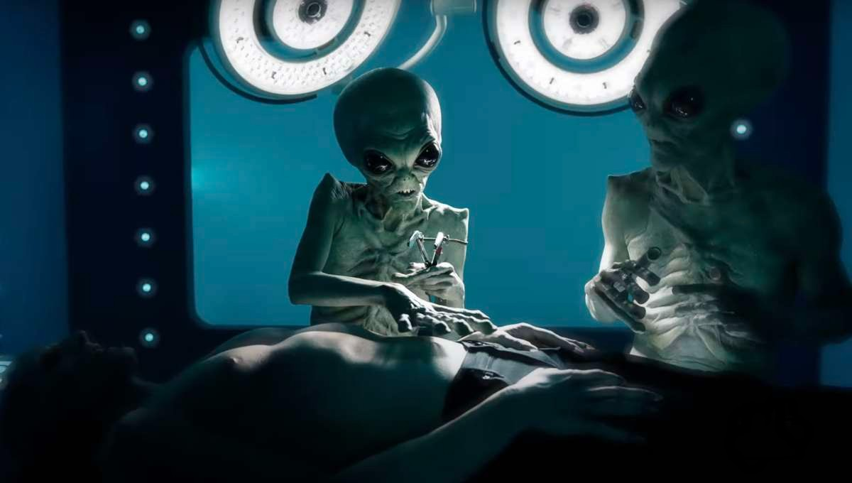 """""""American Horror Story: Double Feature"""": El horror llega por partida doble con aliens y sirenas en el teaser de la décima temporada"""