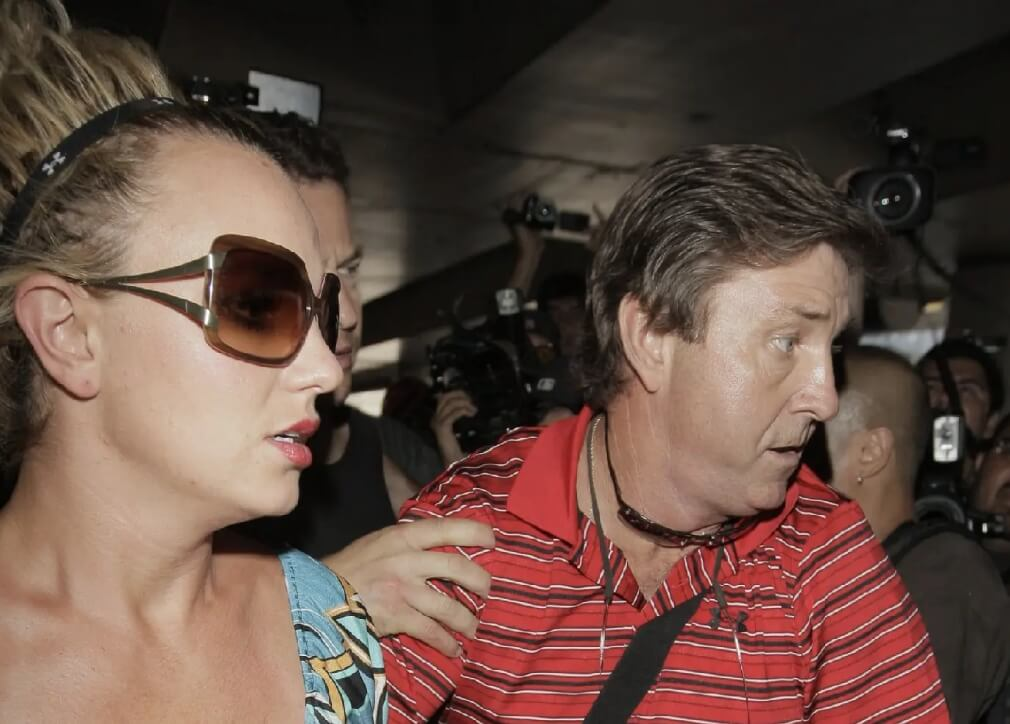 Juzgado niega petición de retirar al padre de Britney Spears como tutor