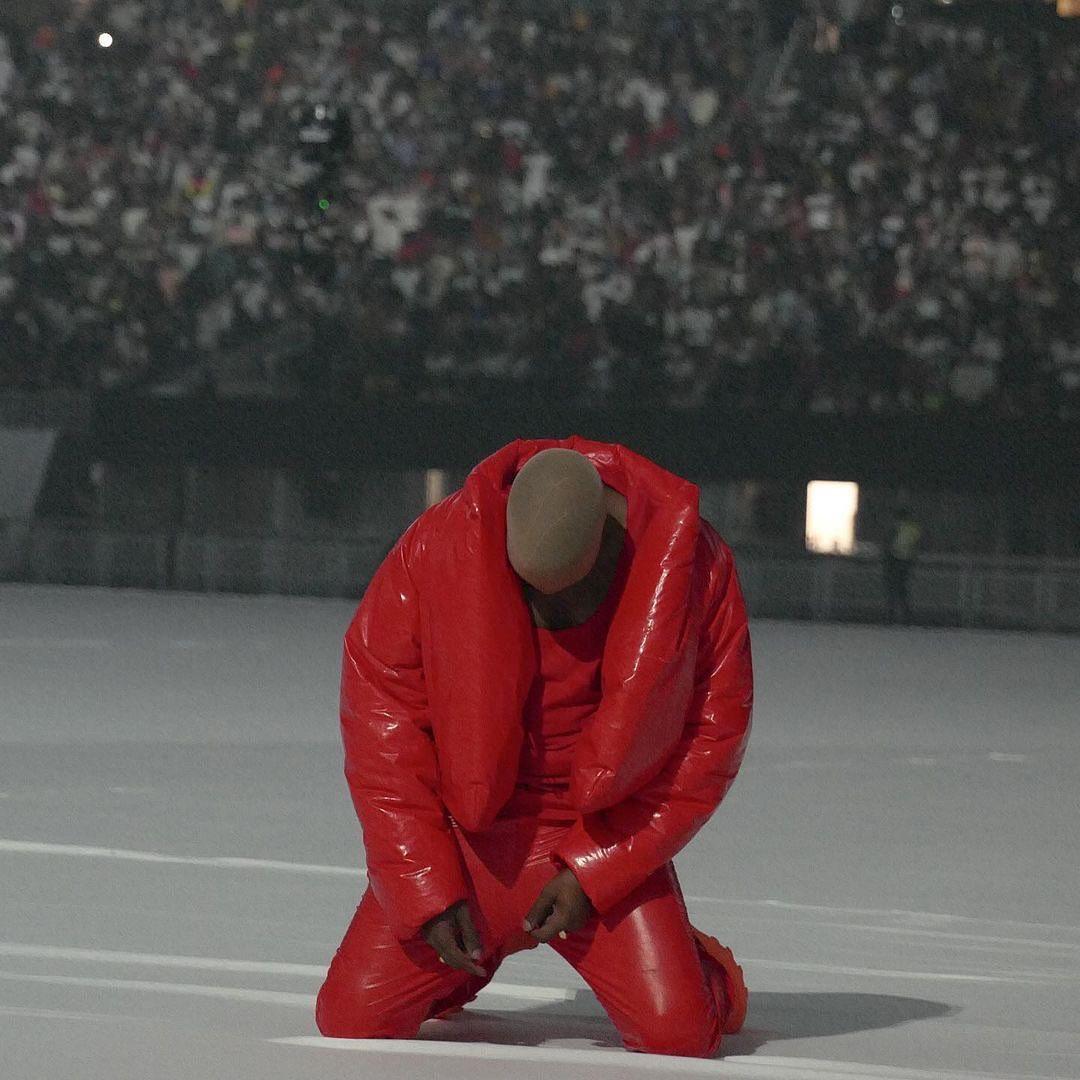 """Kanye West lanza finalmente su décimo álbum, """"Donda"""""""