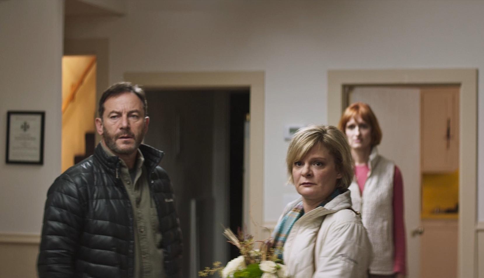 """""""Mass"""": El trailer del drama de Sundance que encuentra a cuatro padres enfrentándose tras un tiroteo en una escuela"""