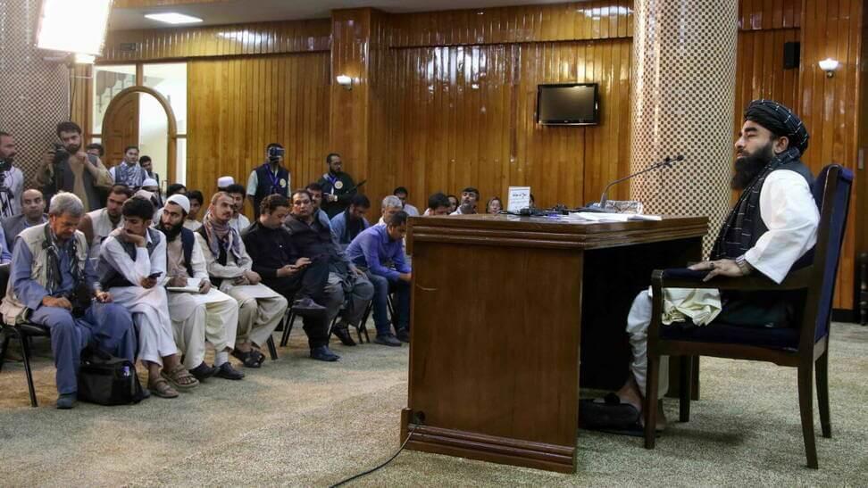 Afganistán: Talibanes anuncian nuevo gobierno liderado por Mohammad Hasan Akhund