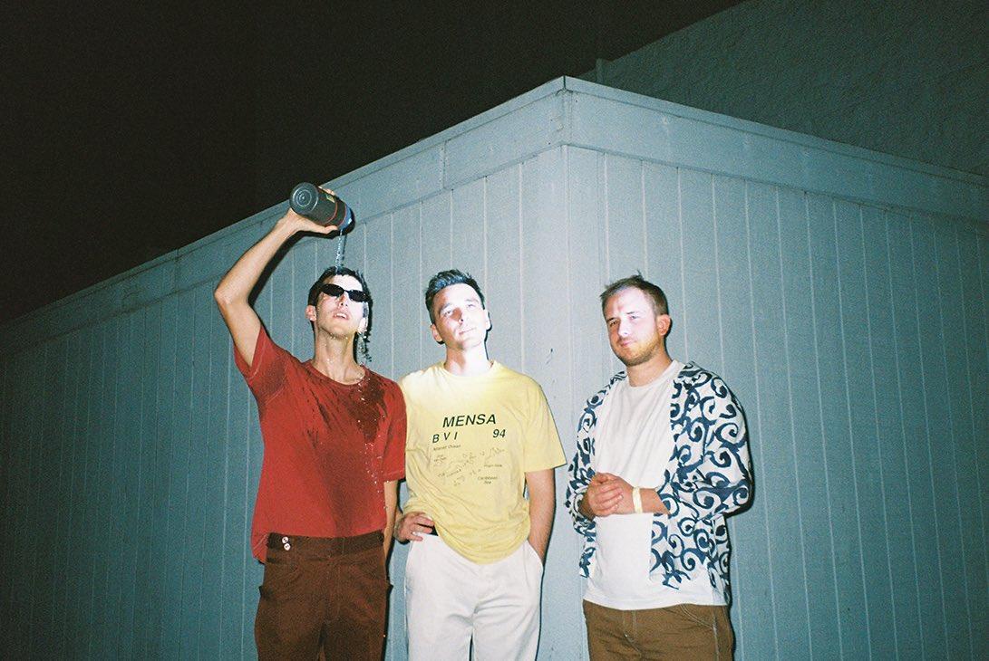 MOR.BO RIOT: half•alive, la banda californiana que fusiona el indie pop, el funk, el soul y hasta el electropop dance en bangers irresistibles